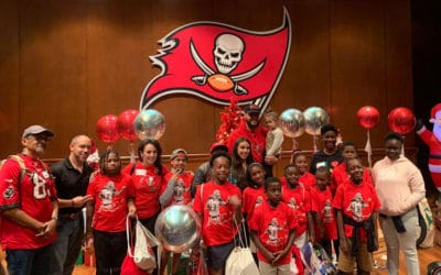 Mike Evans Hosts Annual Catch for Christmas Events 2019